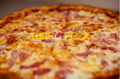 Baconos pizza