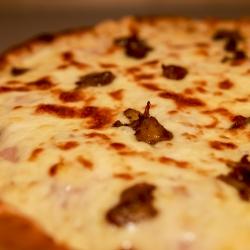Mézes Mustáros Csirke Pizza